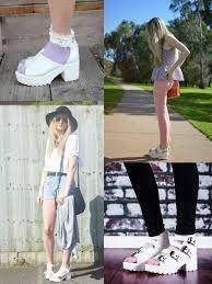 white jelly sandals outfits