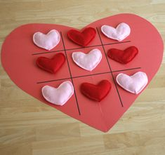 Would be fun to play in the classroom using heart candies.  #valentines crafts for kids on iheartnaptime.net