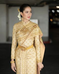 New fitness fashion outfits models Ideas Traditional Thai Clothing, Traditional Outfits, Maxi Outfits, Fashion Outfits, Trendy Dresses, Casual Dresses, Thai Wedding Dress, Malay Wedding, Thai Fashion