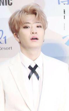 Seoul Music Awards red carpet #GOT7 #Youngjae