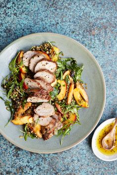 The Pool | Food and home - Peach and lentil salad with pork tenderloin