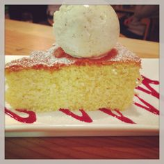 Torte Vanilla and almond polenta cake. Served with a scoop of homemade gelato! Can't beat a bit homemade Italian cake with a freshly ground Italian coffee! Italian Cake, Italian Coffee, Polenta Cakes, Gelato, Vanilla Cake, Almond, Menu, Homemade, Dishes