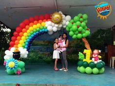 #balloonsculpture #rainbowtheme