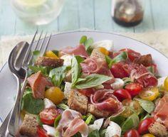 mâche, tomate cerise, mozzarella, jambon cru, croûtons, vinaigrette