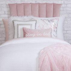 Pink Bedroom Decor, Pink Bedroom For Girls, Pink Room, Room Ideas Bedroom, Bedroom Bed, Bed Rooms, Dorm Bedding Sets, Comforter Sets, Dorm Room Themes