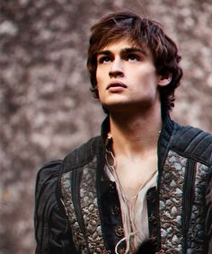 I honestly believe that Douglas Booth in Romeo and Juliet (2013) is the perfect Prince Dorian in the Throne of Glass series