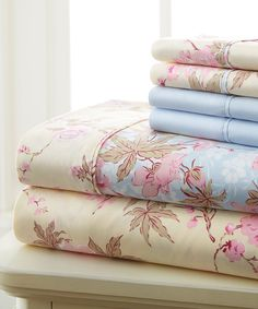 Beige Floral Hotel 5th Six-Piece Sheet Set