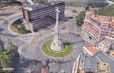Sagrado Corazón por Cruz - imbecil.com - La imbecilidad es un grado Bilbao, Hockey, Bts, Sacred Heart, Hearts, Cities, Naturaleza, History, Field Hockey