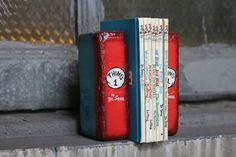 BOOKENDS Thing 1 and Thing 2 Dr. Seuss by TheGnakedGnome on Etsy
