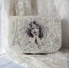 """Купить Шкатулка чемоданчик шебби-шик """" Окно в Париж"""" - белый, шебби-шик, чемоданчик"""