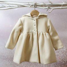 Χειμωνιάτικο μεσάτο ιβουάρ παλτό της Bambolino για κοριτσάκι με κουμπιά πέρλες, annassecret, Βαπτιστικά ρούχα, Βάπτιση για κορίτσι, Παλτό για κοριτσάκι Raincoat, Baby, Jackets, Fashion, Rain Jacket, Down Jackets, Moda, Fashion Styles