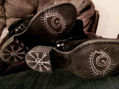Draw Protection Symbols on the bottoms of your shoes to keep you safe as you travel. - Pinned by The Mystic's Emporium on Etsy