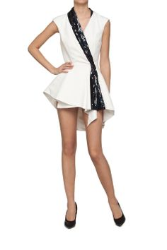 Sukienka biała mini z przedłużanym tyłem   Ubrania  Sukienki  Mini Ubrania  Sukienki  Koktajlowe Ubrania  Sukienki  Asymetryczne Ubrania  Wszystkie ubrania Ubrania  WIĘKSZE ROZMIARY PROJEKTANCI  Muses Urbanska&Komornicka Sukienki Wszystkie ubrania W ubiegłym tygodniu   MOSTRAMI.PL