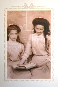 Maria & Tatiana Romanov, daughters of Tsar Nicolas II of Russia 1910