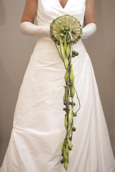 Be different , be yourself as a bride !!  The beauty of Elegance.  www.tomasdebruyne.com