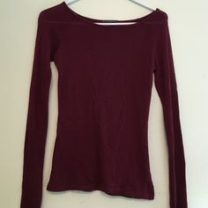 Brandy Melville sweater Light, great condition! Wore only a few times. Great for fall  Brandy Melville Sweaters Crew & Scoop Necks