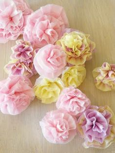 DIY crepe paper flowers! The website is super easy to read!