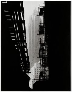 #NYC by Andreas Feininger. We can see the #EmpireStateBuilding
