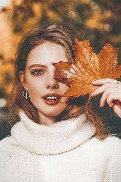 photography tips and guide Fall Senior Pictures, Fall Pictures, Fall Photos, Autumn Photography, Girl Photography Poses, Sunset Photography, Travel Photography, Capture Photography, Photography Backgrounds