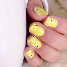 Sweet honeybees from @ mvargas_nails. | Enter or vote in the Hard Candy Spring Nail Art Contest!