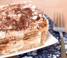 tiramisu kinder bueno (no bake nutella mousse) Nutella Recipes, Sweets Recipes, Cake Recipes, Cheesecakes, Fun Cooking, Cooking Recipes, Tiramisu, Cupcakes, Italian Desserts