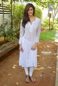 Disha Patani photo gallery- Telugu cinema Actress Beautiful Bollywood Actress, Beautiful Indian Actress, Beautiful Girl In India, Exotic Women, Cinema Actress, Disha Patani, Beauty Full Girl, Beauty Women, Indian Beauty Saree