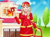 Habillee En Pompier - Jeux de Hello Kitty