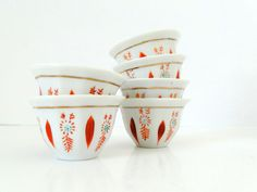 HANDPAINTED - Tiny Set of Traditional Chinese Tea Cups