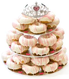 http://thepartyanimal.hubpages.com/hub/Donut-Birthday-Cakes