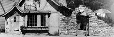 The Landmark Tuck Box Teahouse & Courtyard