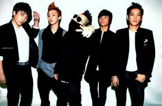 G-Dragon promises BIG BANG will come back with a new album in 2015!!!! #Holy guacmole O__________O
