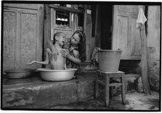 James Nachtwey, Vietnam, 2004