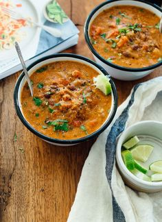 Obsessed with this easy, delicious Mexican quinoa stew! This soup recipe is vegan and gluten free.