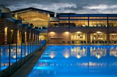 Work at a Luxury Resort in Australia's Wine ……