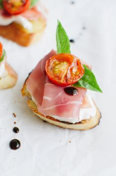 Prosciutto & Burrata Cheese Crostini