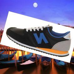 pretty nice 9e2ee 9e52f New Balance U420 Classics Uomini Sneakers Nero Royal Blu Royal Arancione  Bianco HOT SALE! HOT PRICE!