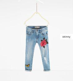 Afbeelding 3 van Jeans met patches van Zara