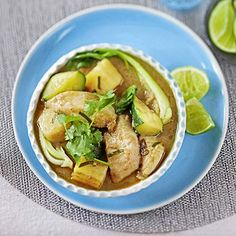 Curry de poisson aux légumes Wok, Chips, Magazine, Chicken, Fish Curry, Whitefish, Meat, Recipe, Vegetable Curry