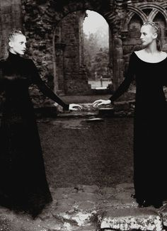 """Vogue UK December 1993 """"Courtly Gestures"""" Nadja Auermann & Cecilia Chancellor by Mario Testino"""