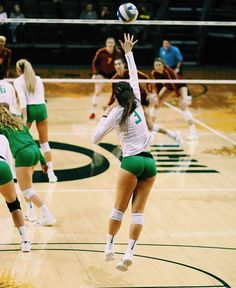Volleyball Workouts, Volleyball Shorts, Beach Volleyball, Female Volleyball Players, Women Volleyball, Volleyball Pictures, Hot Cheerleaders, Gymnastics Girls, Sporty Girls