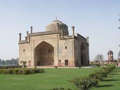 Chini Ka Rauza, Agra.