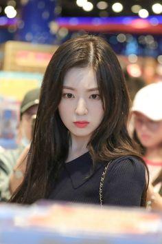 Irene-Redvelvet 190730 HongKong Airport to Korea Seulgi, Red Velvet Irene, Celebs, Celebrities, Swagg, Korean Girl Groups, Kpop Girls, Asian Beauty, My Girl