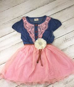 This little girl and toddler pink cowgirl lace dress is perfect for those special occasions.Comes with flower belt.. ( for girl, flower girl dress - toddler dress, lace girl dress, birthday dress, Eas