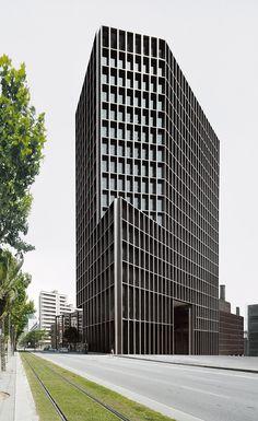 The MediaPro Building | Barcelona, Spain | OAB – FERRATER ASOCIADOS | photo by Aleix Bagué