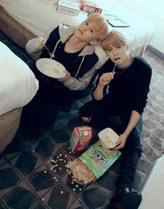 Mark lee x anyone oneshoot Mark Lee, K Pop, Jaehyun Nct, Winwin, Nct 127 Mark, Johnny Seo, Chicago City, Fandoms, Jung Jaehyun