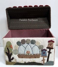 Quilting Tools, Needle Book, Pin Cushions, Twinkle Twinkle, Fabric Crafts, Decorative Boxes, Quilts, Pattern, Blog