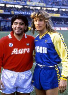 Diego Armando Maradona (Napoli) y Claudio Caniggia (Hellas Verona) pic.twitter.com/Y5kh9p7g61