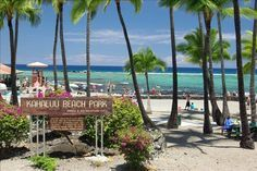 Kahaluu Beach Park, Big Island Hawaii ~ Awesome snorkeling with Turtles here! Went back for Day 2 and beach was closed due to a Tiger shark attack! OMG we just had our babies out there! Day couldn't get enough of the turtles so we braved it! Need A Vacation, Hawaii Vacation, Hawaii Travel, Dream Vacations, Vacation Spots, Kona Hawaii, Kailua Kona, Hawaii Life, Big Island Hawaii