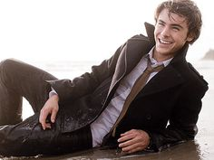 So call me a twelve year old girl. I think Zac Efron is precious.