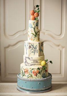 Canada's Prettiest Wedding Cakes For 2016 | Weddingbells